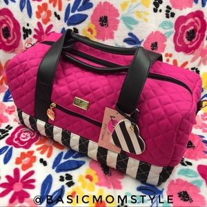 WEEKEND SALE - Betsey Johnson travel bag